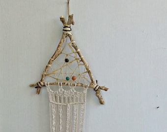 Rustic Driftwood Dreamcatcher Macrame Wall Hanging, Branch Fiber Art, Weaving Wall Art Branch, Handcrafted Boho Decor Triangle Dream Catcher