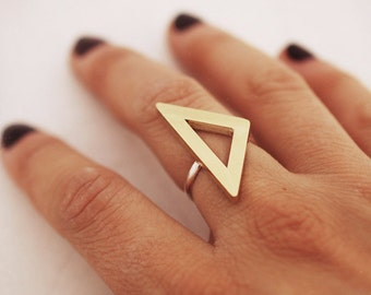 Triangle Ring, Statement Ring, Big Ring, Geometric Ring, Architectural Ring, RSB008