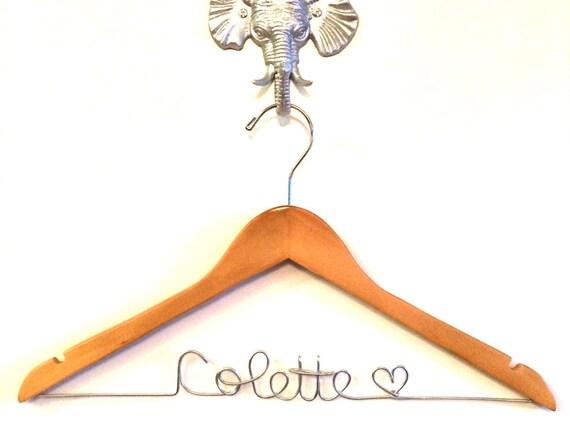 Name Hanger, Bridesmaids Hangers, Bridesmaids Gifts, Personalized Hangers, Wedding Dress Hanger, Wedding Hangar, Gift for the Bride