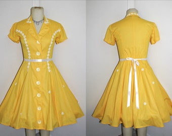 Dress Sunny Yellow Pinup Rockabilly 80s Does 50s, 1950s, Daisy Trim, Oversized Button Shirtwaist- Size M Medium to L Large