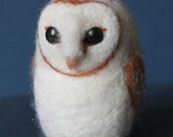 Barn Owl MADE to ORDER Little needle felted bird Woollen soft sculpture Wool figurine Felt toy Handmade OOAK art doll Felted animal plushie