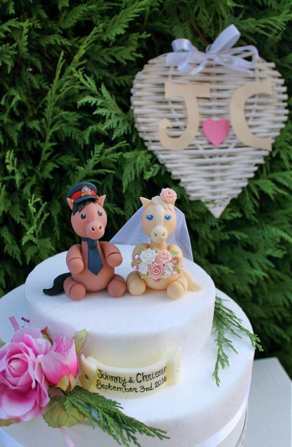 Wedding horse cake topper, custom cake topper, bride and groom personalized cake topper, country cake topper