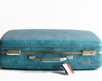vintage American Tourister marble blue suitcase with key 1960s luggage