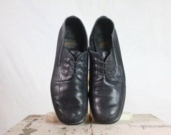Vintage Navy Blue Lace Loafers Sz 9