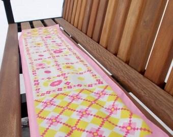 vintage bubblegum pink scarf -70s