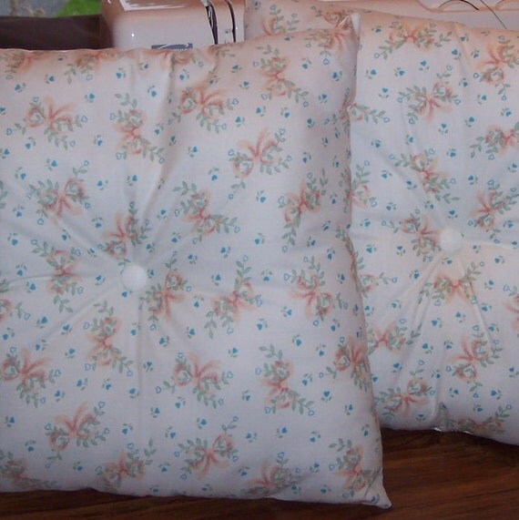 Peaches & Cream Decorative pillows, peach and cream Toss Pillow Set, peach Bedroom Pillows, gift for MOM, gift for home.Floral Pillow set ,