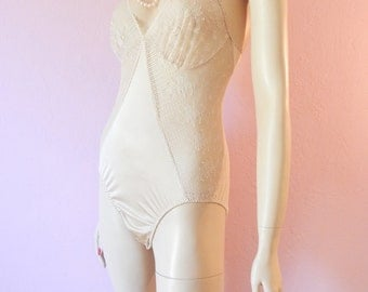 """Formfit- Nude Lace Teddy Slip- 34"""" Small"""