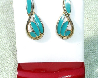 Goldtone and Turquoise Vintage Earrings