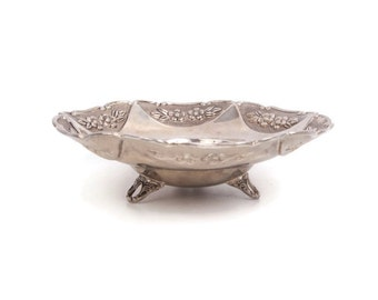 Vintage Embossed Silver Bowl Floral Design Studio Silversmith Ornate Footed Dish Silver Plate Art Nouveau