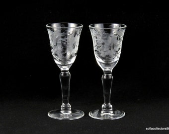 Susquehanna Salina Pattern Cordial Glasses / Liqueur Glasses Cut Floral Pattern & Decorated Foot - Vintage 1940s Susquehanna Glass