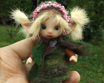 sweet   ooak posable   tiny three inch fairy fairie fae