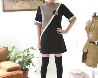 70s Mod Neo Geo Graphic Dress Germany Black Gray White Large