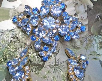 D&E aka Juliana Blue Dome Brooch and Earring Demi Parure  Item 15820