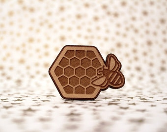 Honey bee with hive Cross Stitch Needle Minder, Wood Magnetic Needle Minder. Hand embroidery, Needle Keeper.
