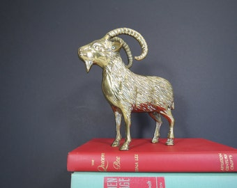 Large Brass Ram Figurine // Mid Century Hollywood Regency Brass Animal Statue 7 Inch Gold Metal Detailed Mountain Goat Vintage Home Decor