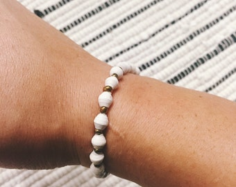 White Paper Bead Bracelet (Single Strand)