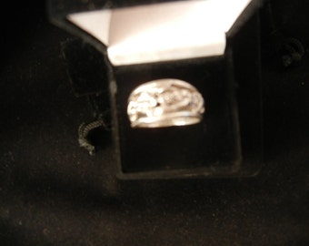 2 Figure YEN and YANG solid SILVER ring size 9
