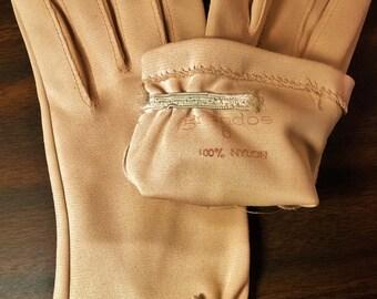 Vintage GRANDOE Gloves - Basic Beige - Shortie Short Gloves Size 6