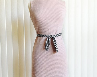 Vintage 60s pink & silver lame dress/ Twiggy style shift dress/ ribbed silver diagonal lines