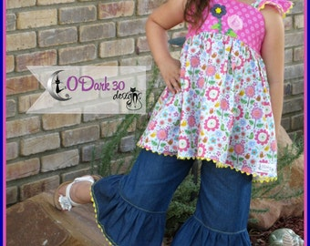 Size 6  Light Weight Denim Ruffled Capris Set with Spring Flutter Sleeve top