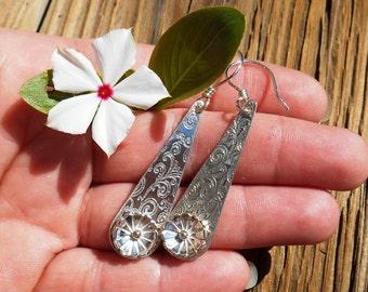 Sterling Silver Flower Earrings, Flower Drop Earrings, Dangle Earrings, Silver Flowers, Handmade Gift for her, Everyday Jewelry