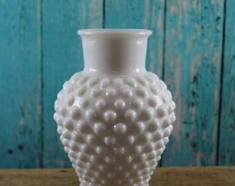 Hobnail Vase, Milk Glass, Centerpiece, Candy Buffet, Bud vases, Wedding, vintage mid Century, white glass, shabby chic