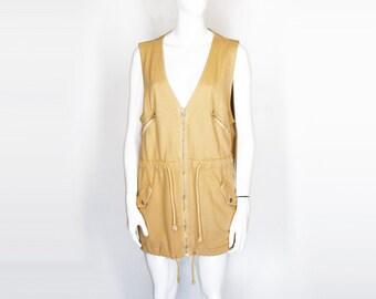 1988 Malibu, CA Vest (L.)
