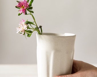 Ceramic tumbler, White tumbler, Modern ceramic tumbler, handmade ceramic tumbler, Water Tumbler, Coffee Tumbler, Ceramic Beaker,Water Beaker