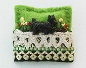 Scottie dog brooch - black dog - hand sewn brooch - felt brooch - Scottish Terrier
