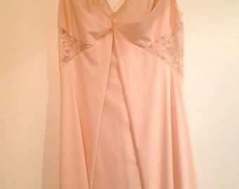 Formfit Rogers Vintage Full Nightgown/Slip-Gorgeous