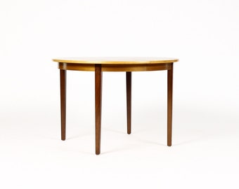 Danish Modern / Mid Century Round Teak Dining Table — Modest scale — Ornen Mobelfabriken