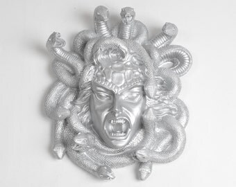 The Medusa - Silver Resin Monster Decor - White Faux Taxidermy - Greek Mythology Medusa Head Decorations - Halloween Party Decorations