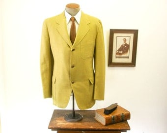 1960s MOD 3 Button Mens Suit Jacket Mad Men Era Vintage Pea Soup Green Sport Coat / Blazer by Briarloom for Woolf Brothers - Size 44 (LARGE)