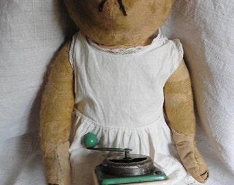 French Vintage Toys , Vintage Toy Coffee Grinder , Dinette Cafe Enfant, Petit Moulin  Cafe, Vintage Toys, Girls Vintage Toys , Doll Toys,