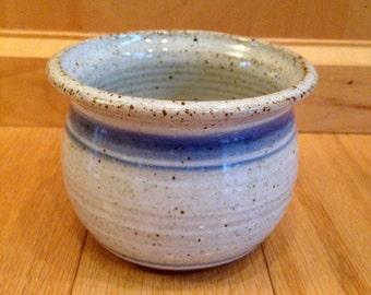 vintage pottery planter