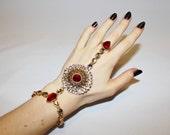 1990s Rhinestone Bollywood Bridal Hand Bracelet