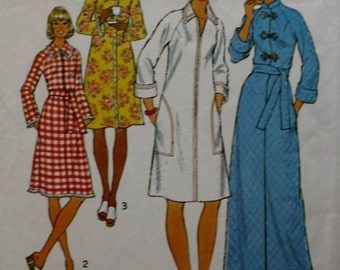 Misses Robes Sewing Pattern Simplicity 7238 Bust 32