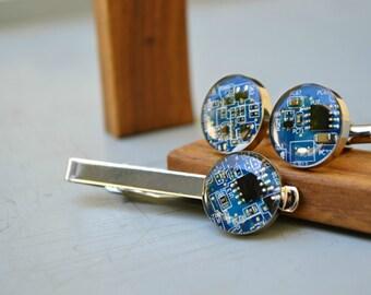 Mens IT Tech Computer Cufflinks and Tie Clip Set, Modern Geekery Nerdy Circuit Board Cufflinks Tie Clip Set, Tie Accessory