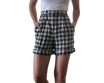 High Waisted Black and White Checker Shorts/ Vintage Shorts/ Cuffed Shorts/ Plaid/ Long Shorts/ Longer Shorts / Black Shorts/ White Shorts