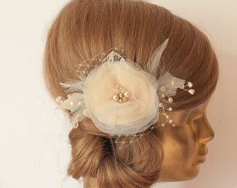 IVORY Champagne Flower with Veil Bridal hair piece, Ivory Wedding hair flower, Bridal headpiece, Ivory flower headpiece, lace flower