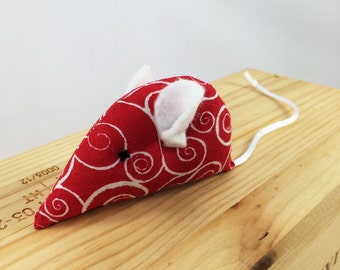 Christmas Mouse Cat Toy, Holiday Cat toy, Valentine mouse kitten toy, Red white