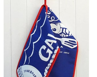 Galley Slave Double Oven glove