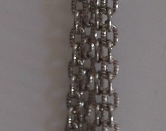 0015  Simply silver tone chains