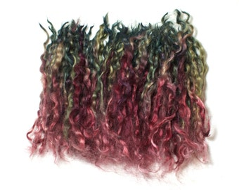 Rhubarb – Hand dyed Teeswater wool locks – separated, washed and dyed fleece for spinning or felting – burgundy/pink and green (10g)