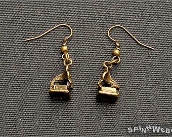 Steampunk Victorian Gramophone Earrings - bronze, metal, handmade