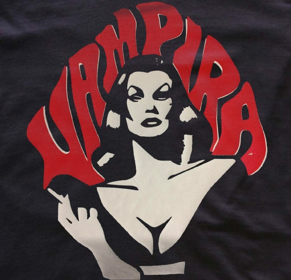 Vampira Maila Nurmi t-shirt - Red & White- goth girl