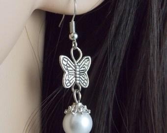 Pearl Earrings, Bridesmaid Earrings, Tibetan Silver Earrings, Dangle Earrings, Earrings, Pearl Beads, Wedding Earrings, Bridesmaid Gifts