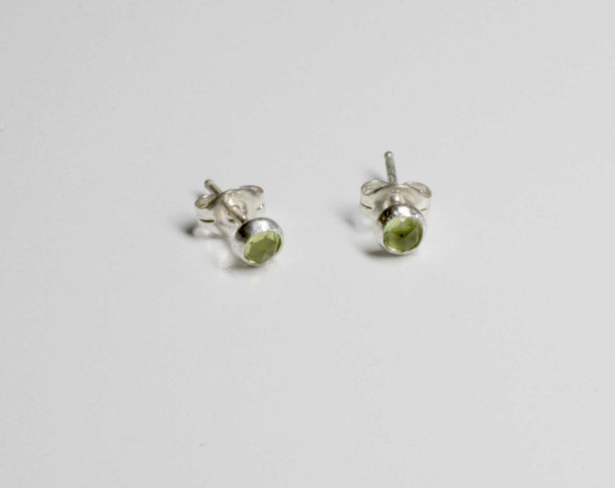 Tiny Periodot aka Olivine Sterling Silver Stud Earrings - 4mm rose cut peridot - Wild Grace Jewelry