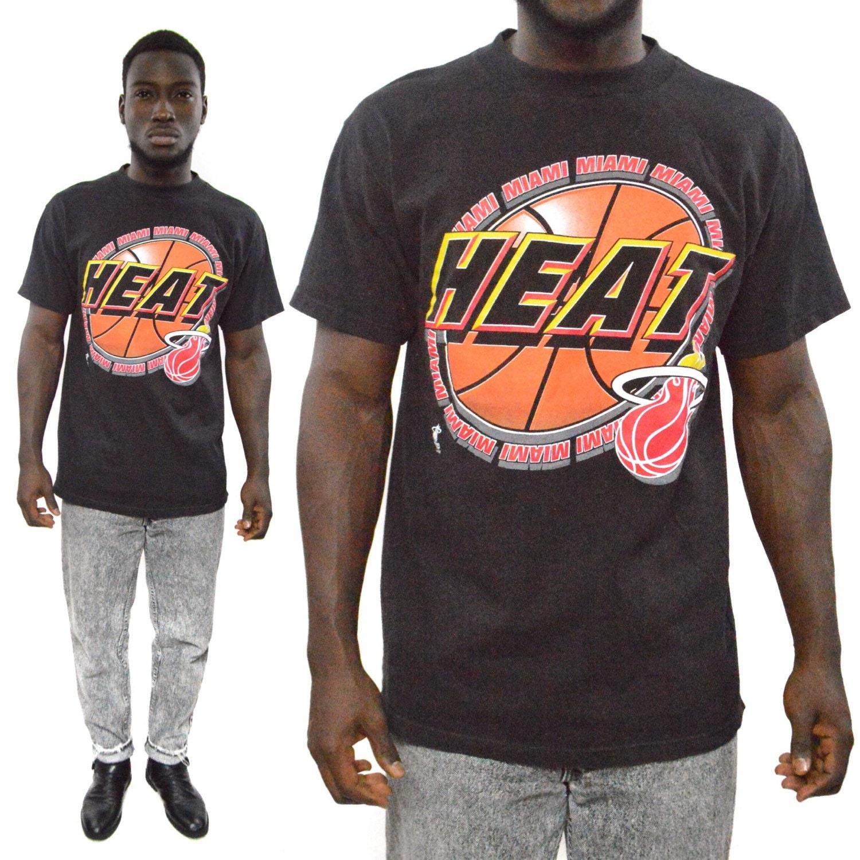 Vintage 90s Miami Heat Logo 7 Basketball T Shirt Sz L