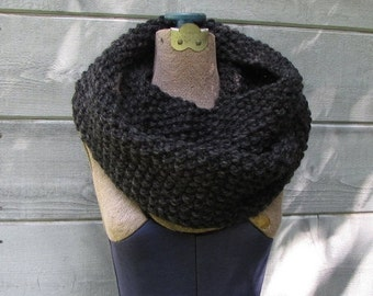 SALE 25% OFF Gray Infinity Scarf, Charcoal Chunky Cowl, Charcoal Scarf, Hand Knit Warm Scarf Dark Gray Infinity Scarf, Charcoal Gray Scarf